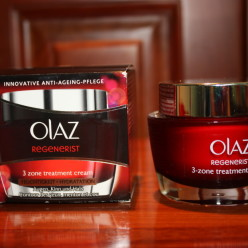 Kem dưỡng da Olaz Regenerist 3 Zone Treatment - 50ml